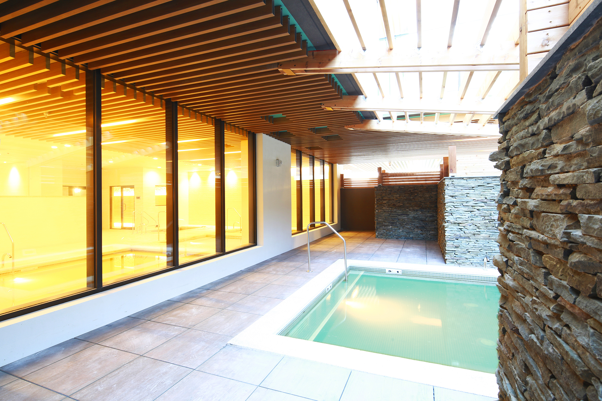 Sojo Spa Club Opens In Edgewater